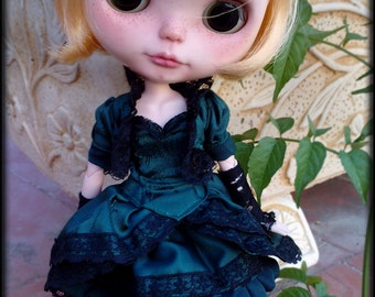 OOAK Outfit-Emerald Queen-Blythe
