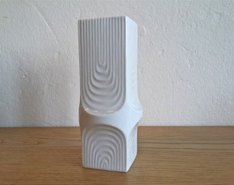 AK Kaiser vase ... op art ... square