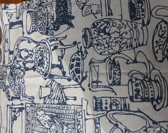COUPON FABRICS of vintage fabrics lightly coated, blues vases, furniture,