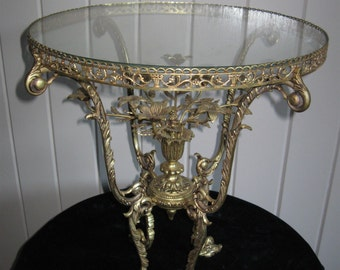 Delightful,Solid Brass Exquisitely Detailed Glass top accent Table W/Floral Bouquet Centerpiece...