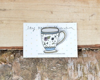 Illustrated teacup brooch