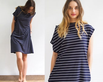 Tricot Dress With Pockets and Stripes in navy color 100% cotton Jersey Silkscreen