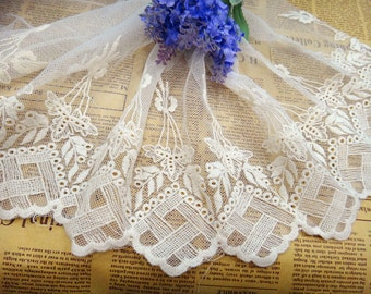 """7"""" wide DIY offwhite Lace fabric ,flower lace trim,off white lace ribbon for sewing"""