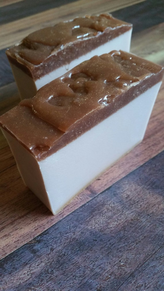 Salted caramel & butter rum body and hand soap