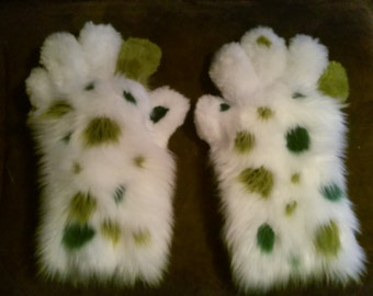 Green Spotted White Handpaws