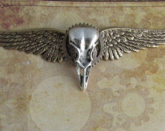 "Steampunk ""Bird of Prey"" Brass Raven Skull Wings Pin"
