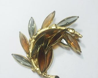 Coro Amber and Gray stone leaf pin brooch
