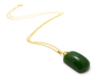 Jade Pebble Necklace/ 18K Gold Filled Jade/ Jade Stone Pendant/ Green Pebble Pendant/ Green Stone Necklace