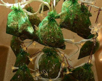 FRESH MAINE BALSAM Sachets and Favors* Straight from the Maine Woods*