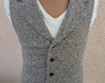 Size XL / 44R -- Attractice Gray Wool Fleck Vintage Style Vest