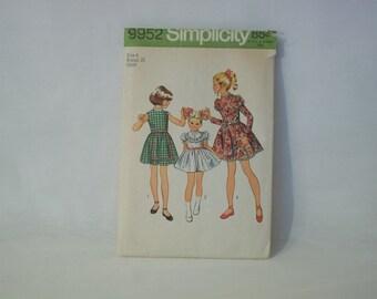 Vintage 1972 Simplicity Uncut Size 6 Girls Dress Pattern #9952