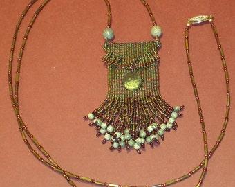 Green Serpentine Amulet Purse