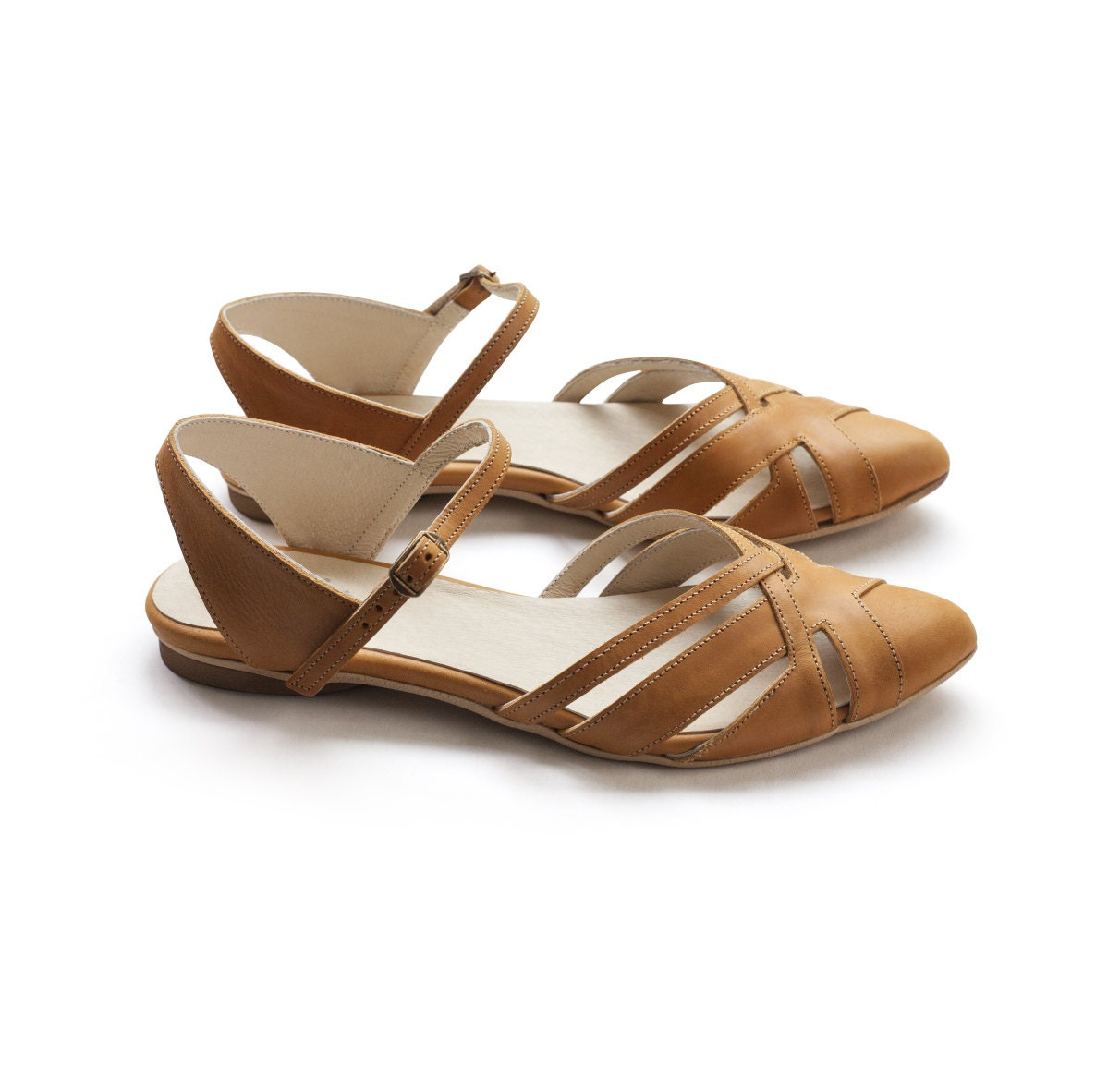 Shop women's shoes on sale at oraplanrans.tk and see our entire collection of sandals and wedges, oxfords, sneakers, heels and boots on sale. Cole Haan. FREE GROUND SHIPPING | $10 Flat Rate 2-DAY. Free Returns & Exchanges. FREE SHIPPING, RETURNS AND .