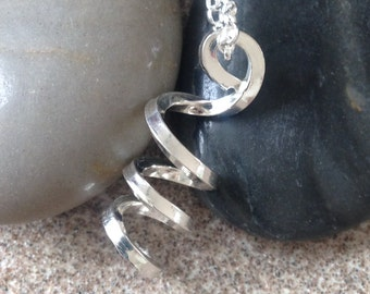 Solid silver twisted pendant inc chain