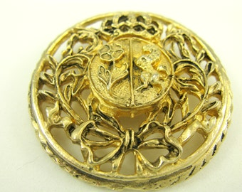 Vintage CORO Brooch Heraldic Coat Of Arms Gold Plated Medallion