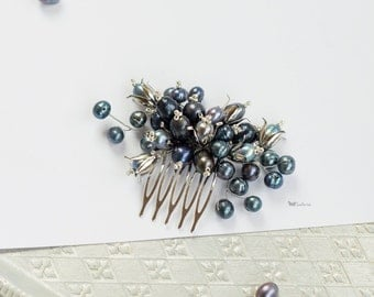 Black Pearl Bridesmaids Accessories, Freshwater Pearl Hair Comb, bridal hair comb, wedding comb, Grey Hair Comb, Grey Pearl Hair Comb