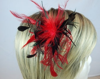Unruly black and red feather hair clip