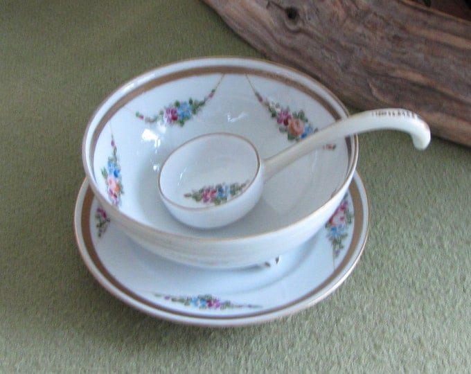 Nippon Sauce Bowl with Ladle Hand Painted Gravy Dish with Underplate and Ladle