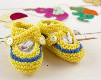 cutest baby booties // hand-knit // yellow with blue stripe