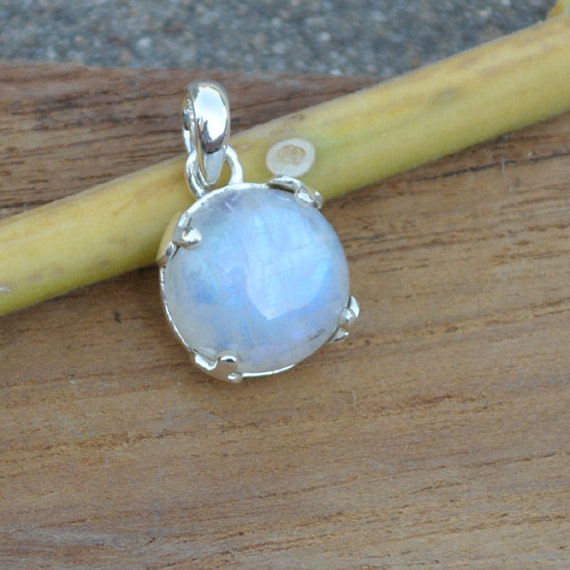 Blue Rainbow Moonstone Pendant Bezel set in Fine Silver, Semi Precious Gemstone Jewelry, AAA moonstone, AAA Blue Flash Moonstone Pendant
