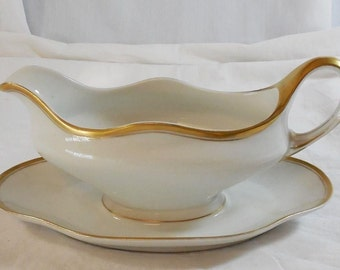 CT Altwasser Silesia Porcelain Gravy Boat Dish w/ Attached Underplate - Germany