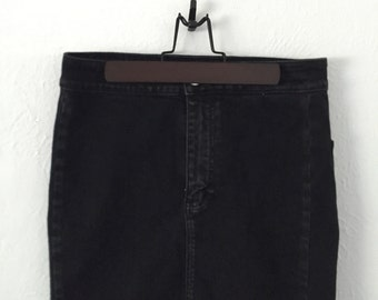 SALE! Black jean American Eagle high or low waisted distressed skirt