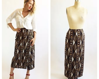 Abstract safari patterned brown wrap skirt. Size M.