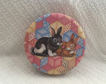 Quilted Rabbit Tin by SCC-China, Printed Inside and Out, Quilted Rabbit, Round Tin