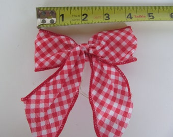 Red and White Checkers  Bows - Decoration - 12 pieces  - wired edges - Wreath - Christmas Tree - Garland -
