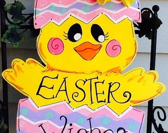 Easter chick door hanger, Easter basket door hanger, easter chick sign, easter chick door sign, easter door sign, easter door hanger,