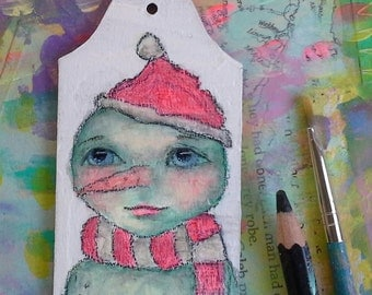 Snowman in a santa hat - Christmas Ornament - Gift Tag - 5/12