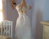 Fine petticoat in 1:12 scale