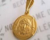 Medal - Holy Face of Jesus - 18K Gold Vermeil - 20mm