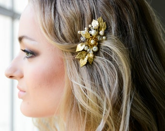 Bridal headpiece gold - Bridal hair comb gold - Crystal and Pearl Bridal headpiece -  Wedding headpiece - Jeweled headpiece