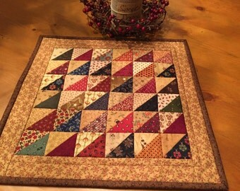 Quilted Table Topper / Primitive / Country / Item #1168