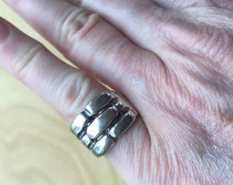 Sterling Modernist Ring -- 700