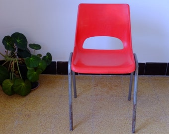 Red Chair, 70s, French manufacturing