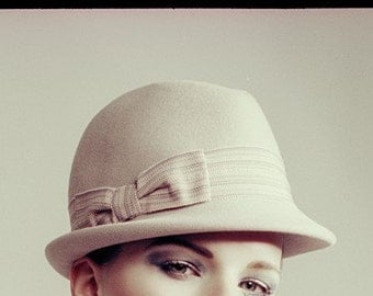 Trendy Trilby with hollow brim