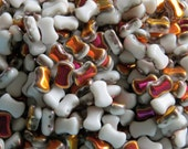 White Marea 2-Hole CoCo Vertical Beads (50)