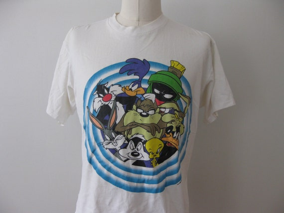 on sale vintage looney tunes t shirt xl