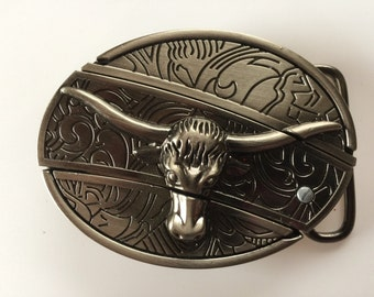 Steer Belt Buckle with Knife included