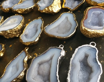 X-Large Geode Halves, Geode charm, geode pendant 22k gold plated 15-18mm #1480