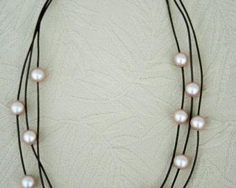 Pearl Orbit Necklace