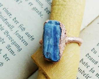 Bright Blue Kyanite Electroformed Ring Sz 7.5- Crystal & Copper Jewelry - Hippie High Vibe Style - Festival Wear- Unisex Statement Jewellery