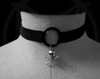 Skull Choker *adjustable stretchy and many colors to choose from*