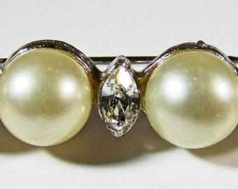 Vintage 1960s Signed Marvella Silver Toned Faux Pearl and Rhinestone Pin