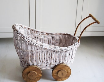 Wicker pram photo prop