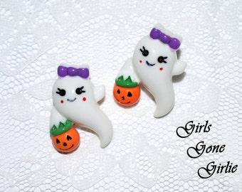 Halloween ghost earrings , girly ghost Halloween stud earrings , white ghost earrings , pumpkin earrings , toddler Halloween , 1 inch