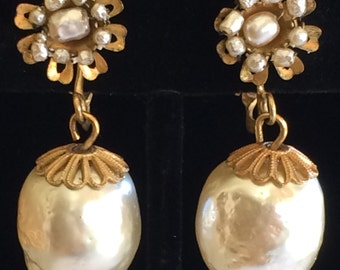 Lovely Vintage Miriam Haskell Drop Earrings~Pearls/Gilt Filigree~Signed