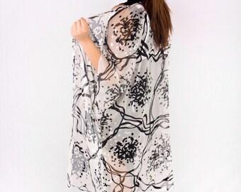 Black and White, Monochrome Kimono, Silk Burnout Kimono Cardigan, Kimono Wrap, Handmade Kimono Jacket, Handmade Gifts, Bridal Wedding Bling